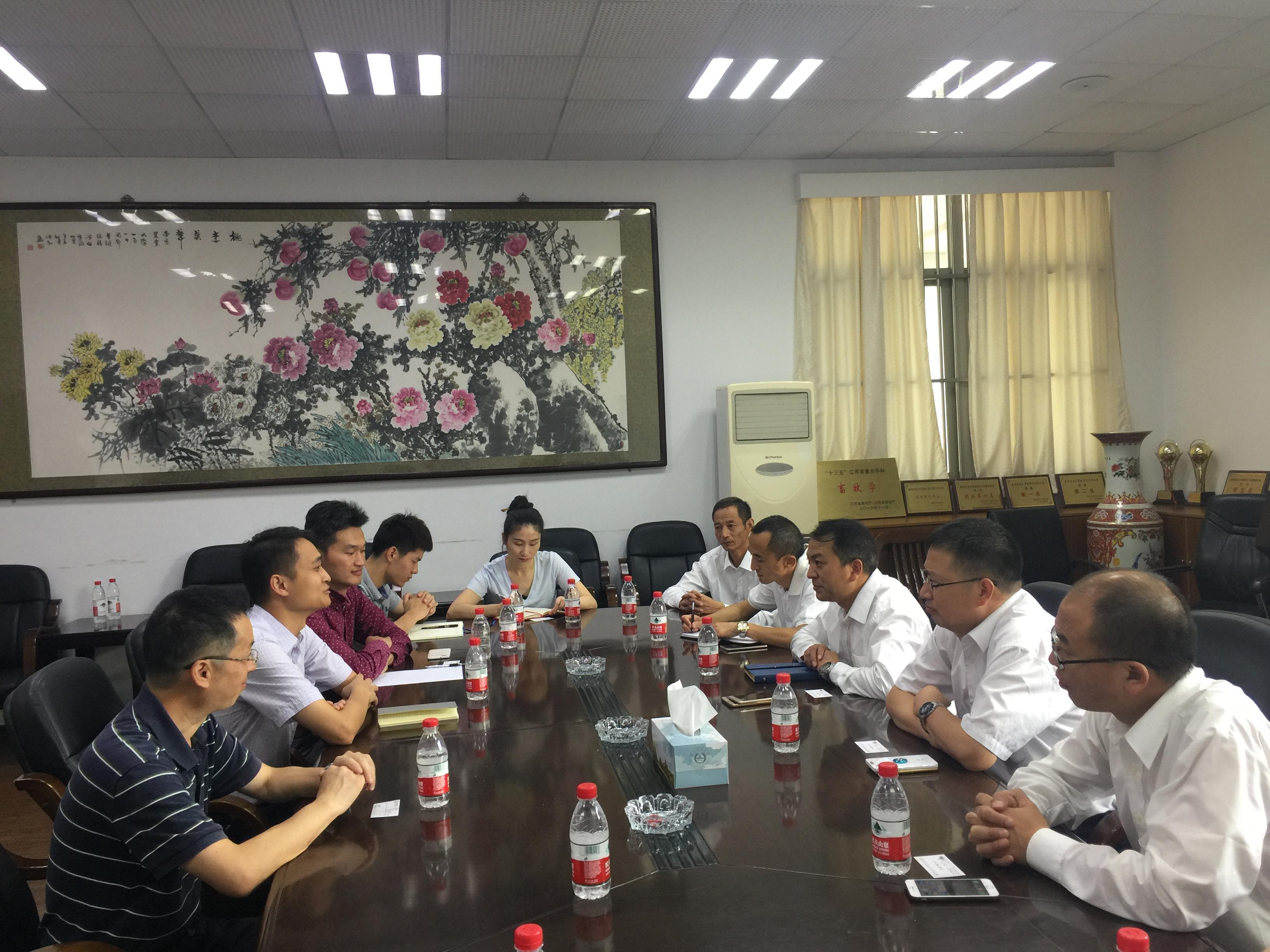 学院党委副书记刘志斌,石放雄教授,颜培实教授,李延森副教授,辅导员